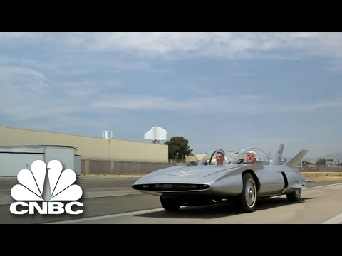 Jay Leno Drives This Super Cool Car Of The Future Jay Leno S Garage Cnbc Prime