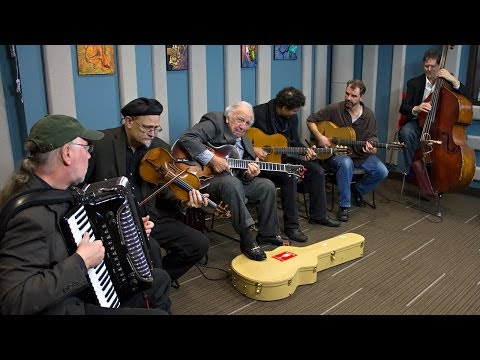 Bucky Pizzarelli and Pearl Django 'I'll See You In My Dreams'   Live Studio Session