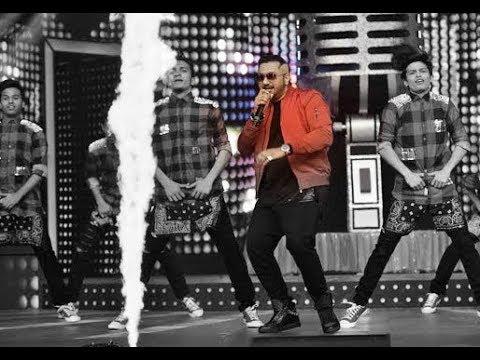 Jazzy B | Yo Yo Honey Singh | Live | On Stage