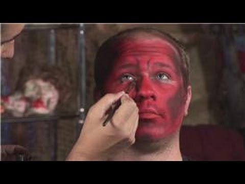 Halloween Makeup Tips : How to Do Your Makeup to Dress Up as a ...