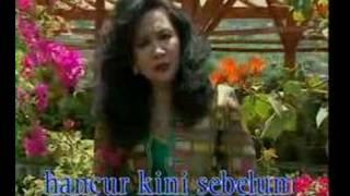 Download Tetty Kadi - Layu Sebelum Berkembang