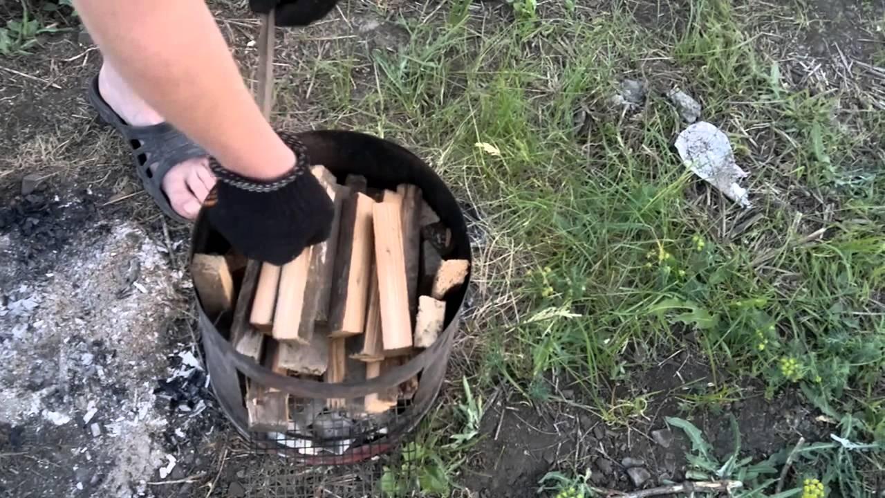 Как сделать коптильню для горячего копчения из бочки своими руками