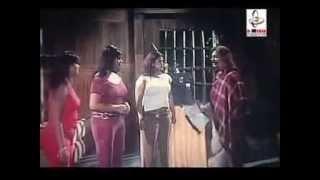 Popy big boobs show in  movie  Dujokh.