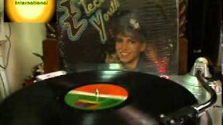 DEBBIE GIBSON - Who Loves Ya Baby (vinyl)