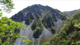 ユートピアコースで大山登山。帰りは初体験の砂すべり。