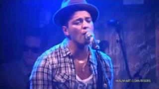 Bruno Mars-Grenade Live