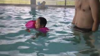 Zwembad 18-07-10, 1.m4v