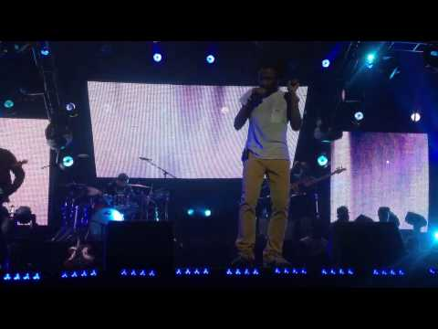 Childish Gambino - the worst guys (live)