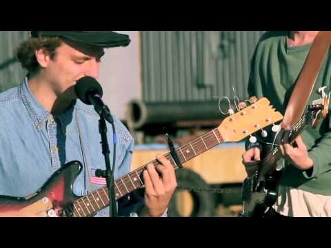 "Converse Ready, Set Get Lost: Mac DeMarco ""Cooking Up Something Good"" Live"