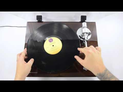 Akai Pro BT500 Turntable - EZ Vinyl Converter Tutorial