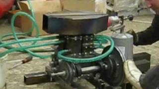 Twin alpha Stirling engine