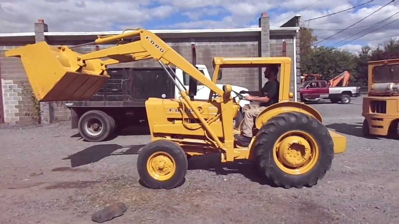 Ford 3500 Tractor : Ford industrial loader tractor demonstration
