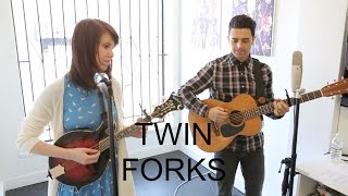"Twin Forks - ""Kiss Me Darlin"