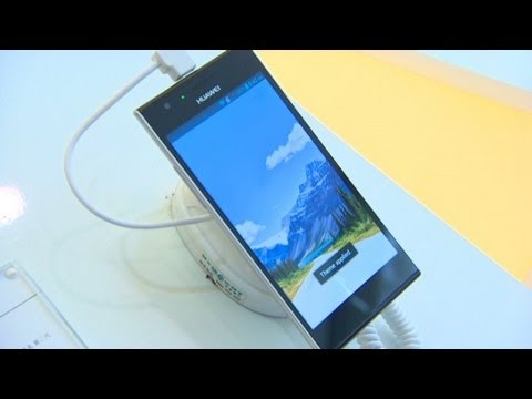 Shenzhen telecom firm trying to take its phones global