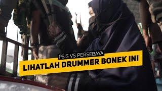 Download Mp3 Wanita Berhijab Ini Ternyata Drummer Chants Bonek