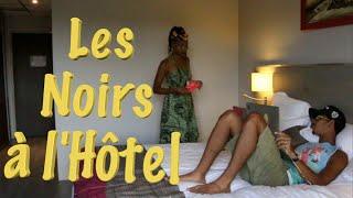 Les Noirs à l'Hotel