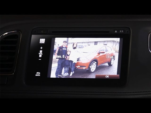 2018 Honda HR-V Tips & Tricks: How to Customize the Display Audio Touchscreen