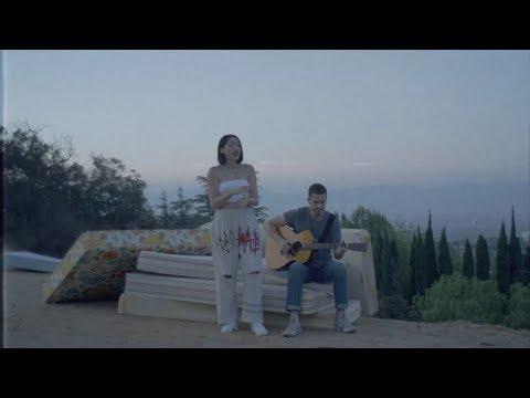 Free Download Noah Cyrus - Team (acoustic Live Performance) Mp3 dan Mp4