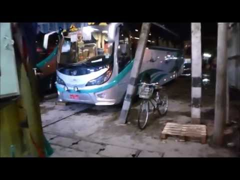 Taking a night bus in Myanmar, Shwe Mandalar (VIP class)