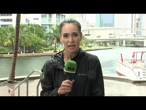 South Beach already flooded as Florida braces for Hurricane Matthew