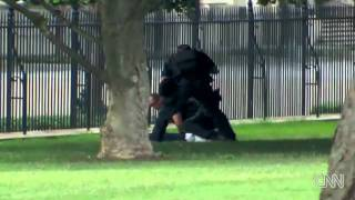 White House fence jumper arrested on air