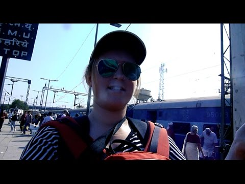 INDIA: Crazy Indian Overnight Train Trips | VLOG 004