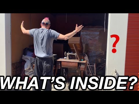 What's inside? I bought an abandoned storage locker for $5 surprise mystery unboxing