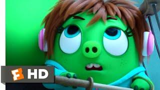 The Angry Birds Movie 2 - Bathroom Heist   Fandango Family