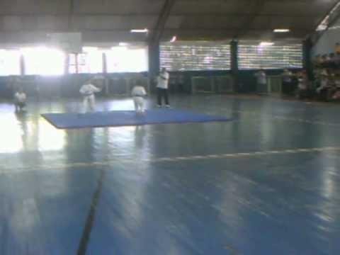 Karate - Embu misto Escola Tenênte Rego Barros