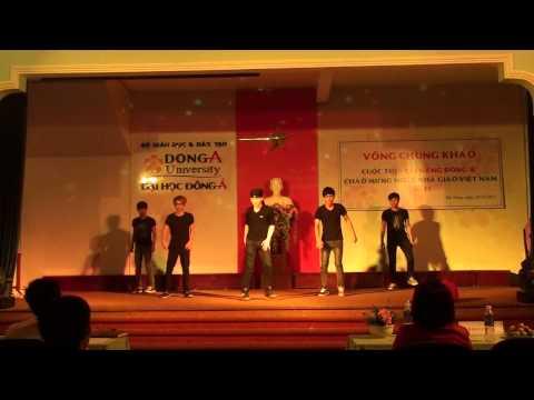 sinh viên Đại Học Đông Á nhảy hiện đại