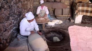 Как делают лаваш в Армении