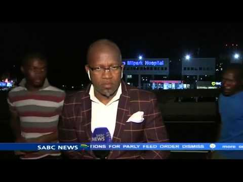 South Africa: SABC TV reporter and crew mugged during live b