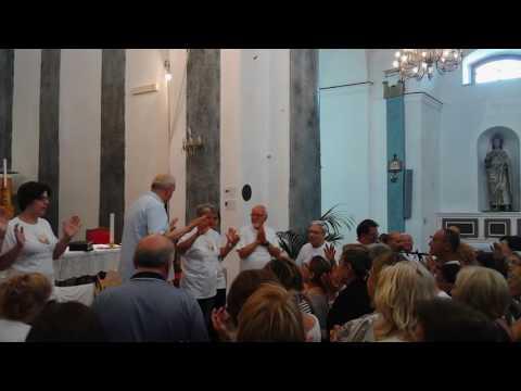 Abba Padre con Padre Francesco Giacalone i gruppi rns a S.Mauro Castelverde 24 Luglio