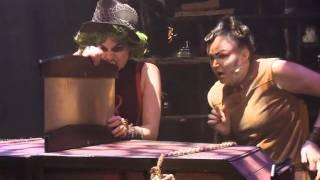 Rebella Hex - Oversaging av Lara Lynx