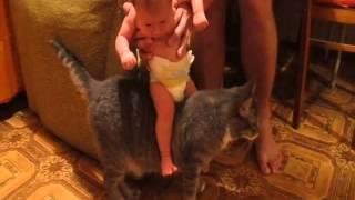 Оригинальный способ успокоить ребенка