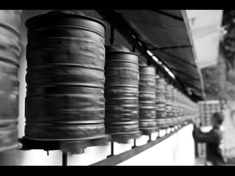 Douglas Greed feat. Kuss - Spin (Dapayk Remix)