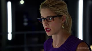 Arrow 4x06: Oliver & Felicity #1 (Felicity: You have been texing with my mother?)