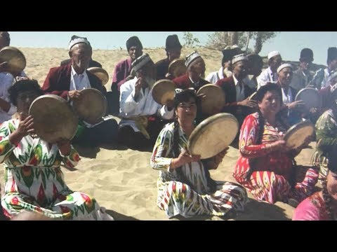 Dolan Muqam music tradition thrives among local Uygurs