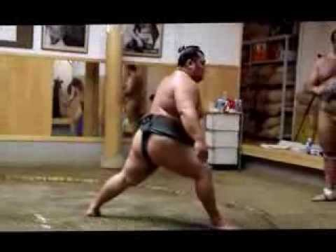 SUMO Morning Training - Behind the Scenes