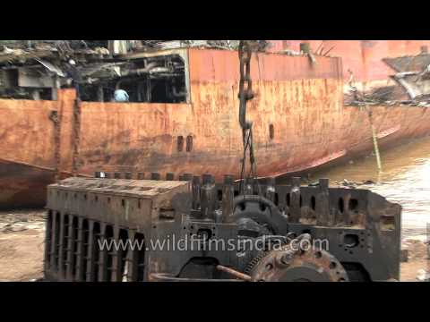 World's largest ship breaking yard is in Gujarat - Alang