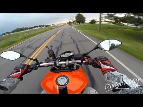 Yamaha FZ-09 - How I learned to wheelie