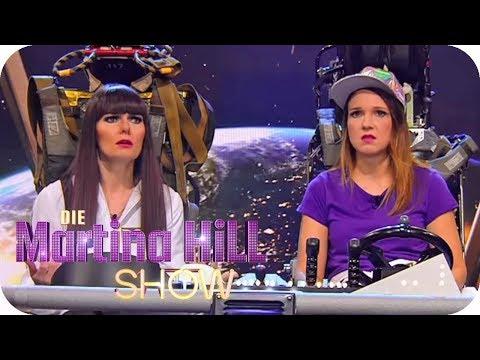 Rebecca und Larissa fliegen zum Mond | Die Martina Hill Show | SAT.1 TV