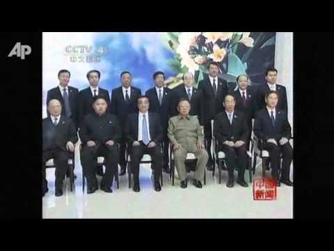 Raw Video: Kim Jong Il, Son, Meet With China