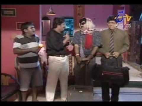 Video Girmit   A doctoru acting awesone     saraayii jothe uppinkaii == banne jothe gulkand !!   Silli Lalli one scene only   Kannada Movie   Kannada Music Video