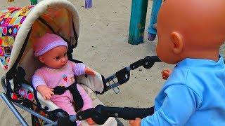 Кукла плачет. БЕБИ БОН ОБИДЕЛ КУКЛУ. КУКЛЫ НА ПРОГУЛКЕ  Новая серия видео Куклы Беби Борн