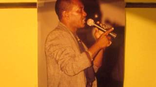 "Clarence Thompson singing a xmas favourite "" Strings Of Streetlights "".011"