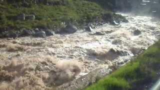 Rio Urubamba.... vista do trem a caminho de Machu Picchu...