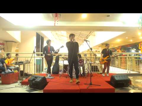 The Fight band (indonesia) - Wherever You Will Go cover at. Grand Mall Bekasi
