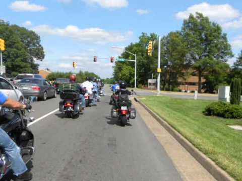 why I love riding harley davidson motorcycles