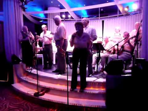 Dick Williams Allstars playin 'You Allways Hurt the One' on Celebrity Equinox January 2010